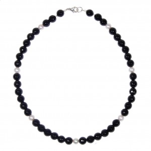 """Collier Preto e Branco """"noir et blanc"""" : tourmaline noire et perles d'eau douce"""